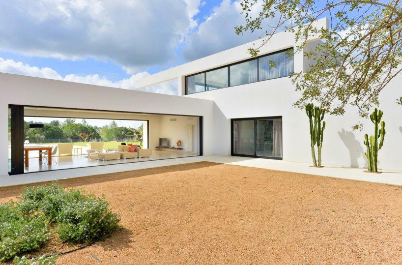 Minimalist Villa Design Interior Exterior Design Applied