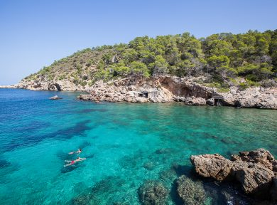 (English) Escape the crowds – Ibiza's best alternative beaches
