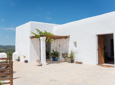 Island architecture: The finca