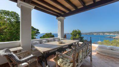 Villa Point View