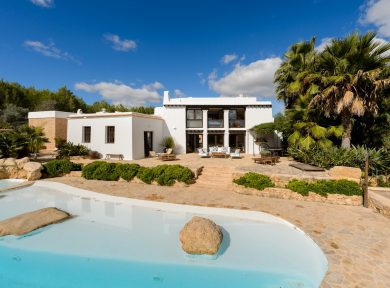 Hot Property : Finca Curt